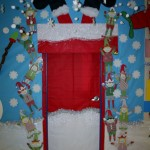 Christmas door decoration1