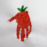 handprint craft strawberry