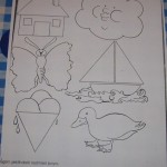 preschool_triangle_worksheets_trace_and_color (19)