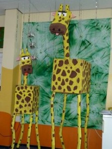 box giraffe craft for kids