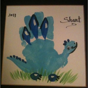 handprint_dinosaur craft