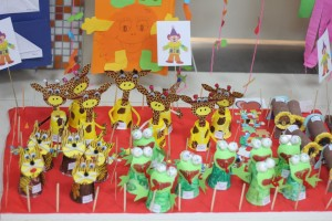 paper cup giraffe craft