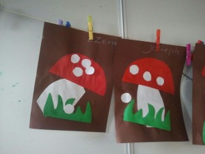 paper mushroom crafts