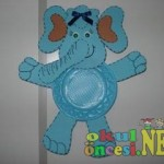 paper plate elephant
