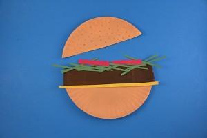 paper plate hamburger