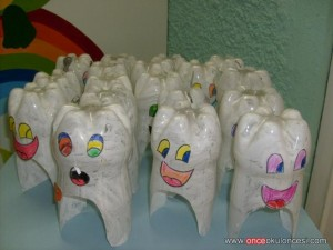 plastic bootle tooth craft
