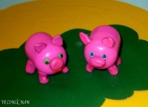 Kinder Surprise Pigs