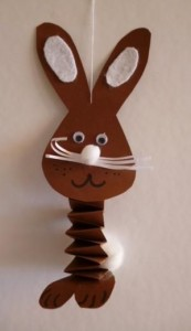 accordion bunny craft (2)
