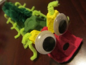 egg carton caterpillar craft for kids