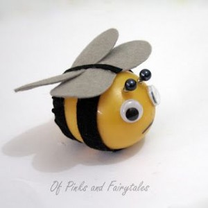 plastic easter egg bee craft