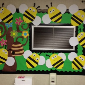 Bee bulletin board 1