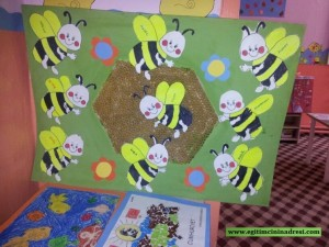 free bee bulletin board