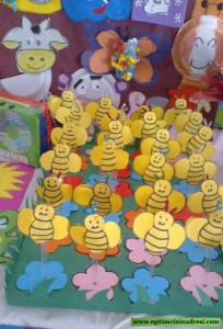 spoon bee bulletin board