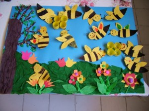 spring bee bulletin board