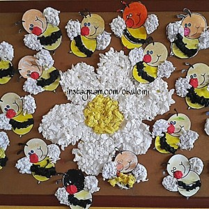 bee bulletin board  (4)