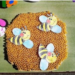 bee bulletin board  (6)