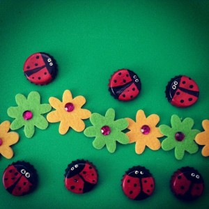bottle cap ladybug craft