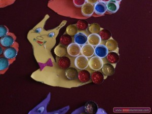 bottle cap snail craft idea for kids (1)
