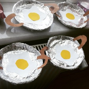 fried-egg-craft-idea (3)