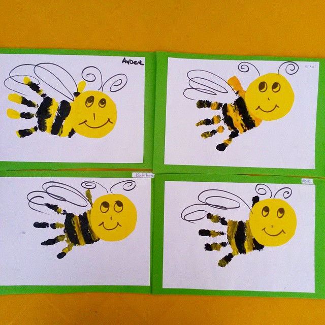 handprint bee craft