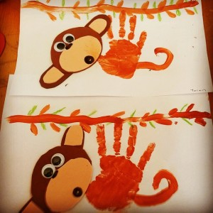 handprint monkey craft (1)