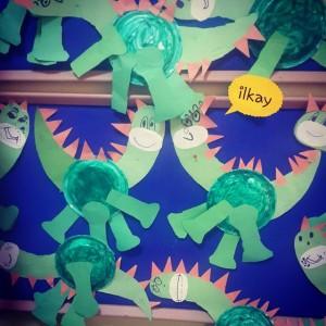 paper plate dinosaur craft (2)