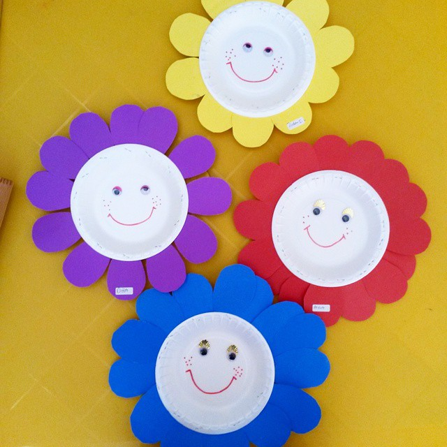 paper plate flower craft (2)