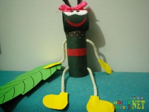 toielt paper roll ant craft