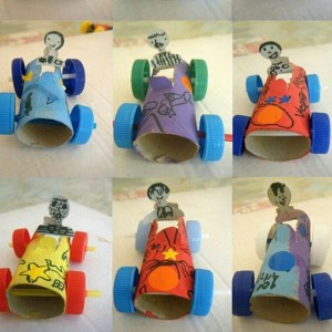toielt paper roll race car
