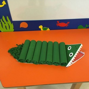 toilet paper roll crocodile craft idea