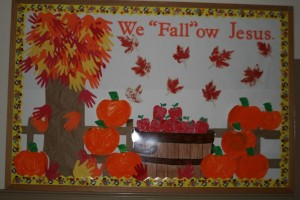 fall tree bulletin board (1)