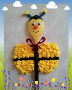 wooden spoon bee craft