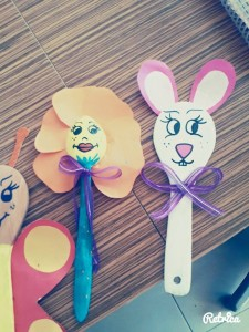 wooden spoon craft idea for kids (3)