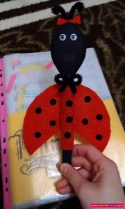 wooden spoon ladybug craft