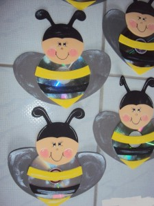 cd bee craft (2)