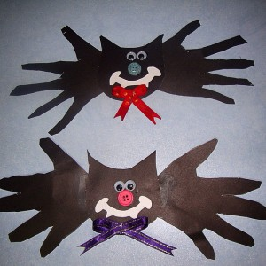 handprint bat craft (2)