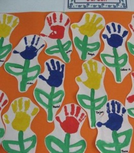 handprint flower craft (2)
