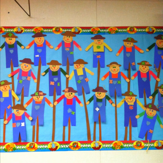 Fall Scarecrow Bulletin Board