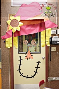 classroom door idea for fall