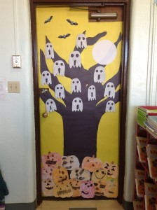 free halloween door decoration