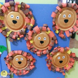 free paper plate lion craft