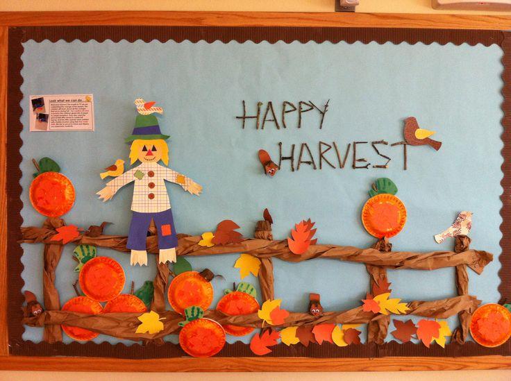free scarecrow bulletin board (1)