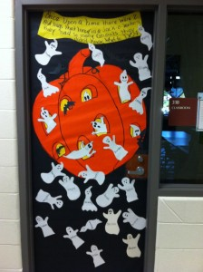 halloween door decoration idea (2)