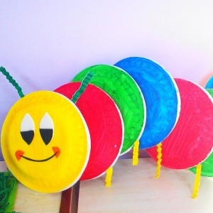 paper plate caterpillar craft