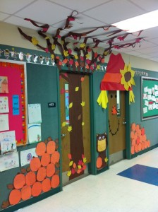 thanksgiving day door decoration idea (2)