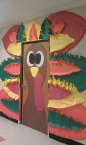 thanksgiving day door decoration idea (4)