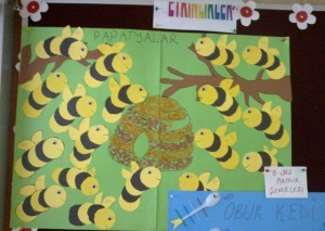 bee bulletin board idea for kids (2)