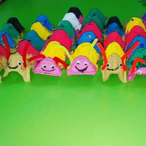 egg carton caterpillar craft (2)