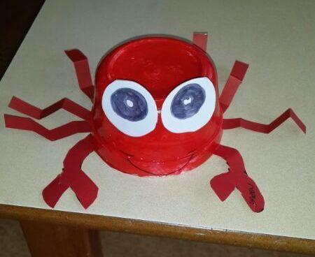 paper cup crab craft