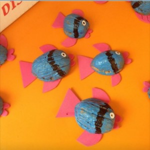 walnut shell fish craft